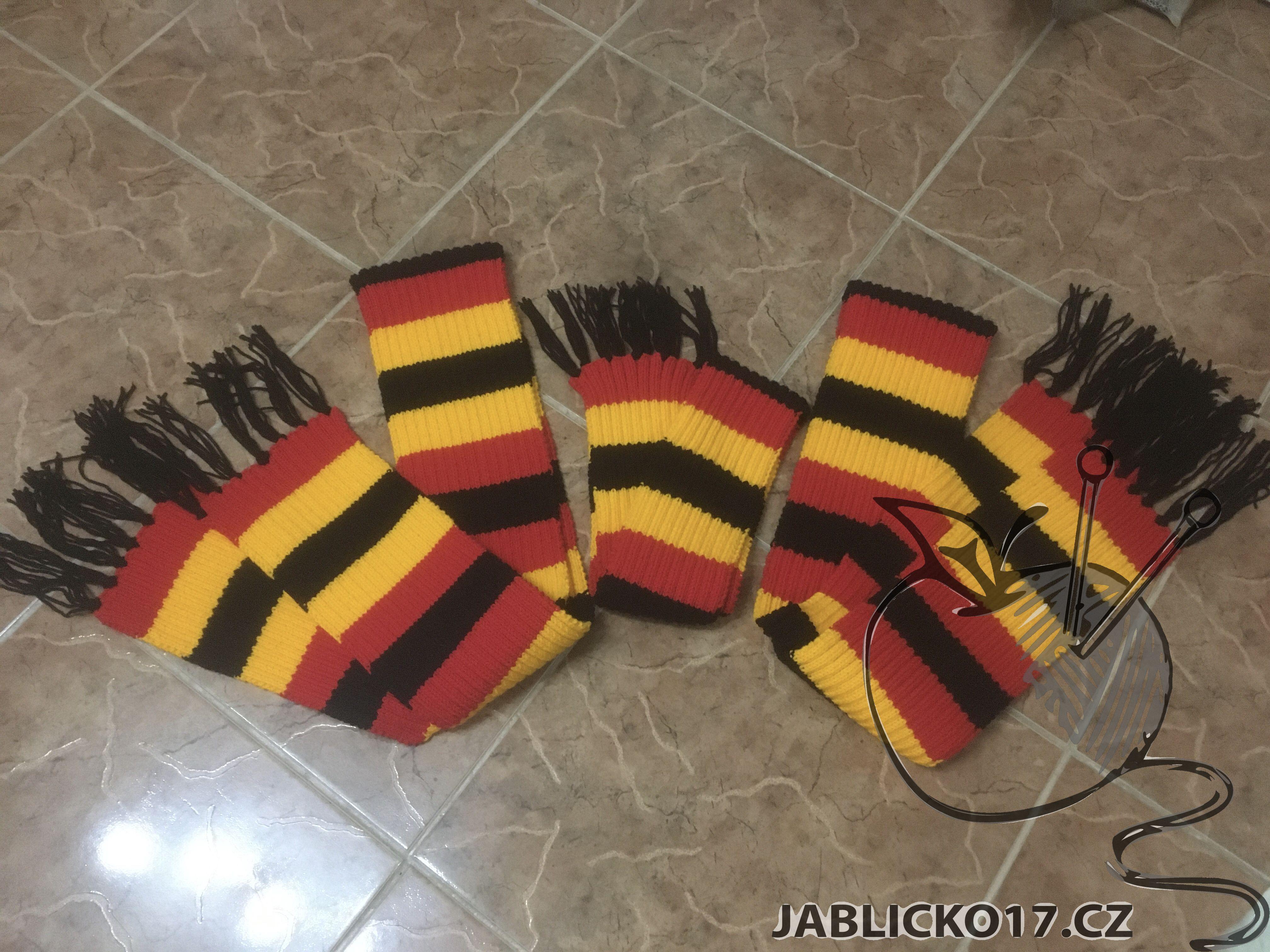 Ručně pletené šály 3ks